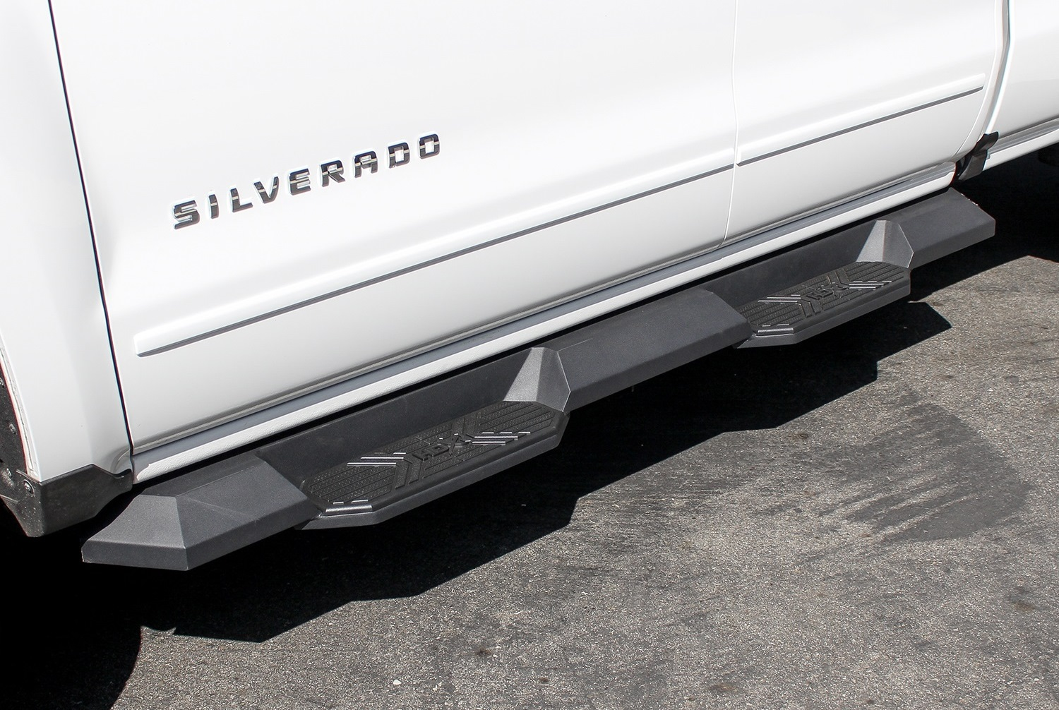 Westin hdx xtreme running boards free shipping pickupspecialties