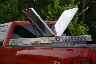 Gull Wing Toolboxes - Unique Truck Accessories